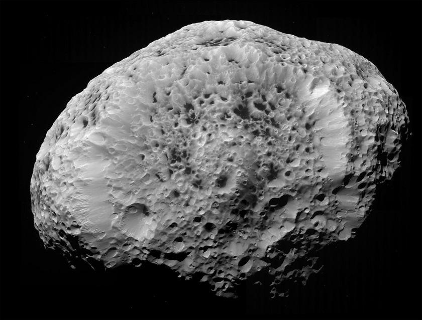 Global view of Hyperion (context)