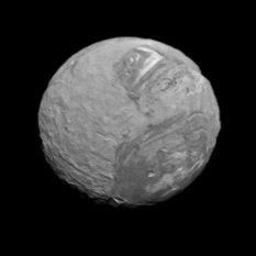 Voyager 2's second-best view of Miranda