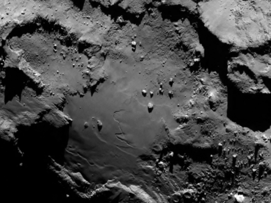 OSIRIS image of Churyumov-Gerasimenko taken upon arrival (detail 2)