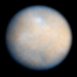 Ceres viewed by Hubble