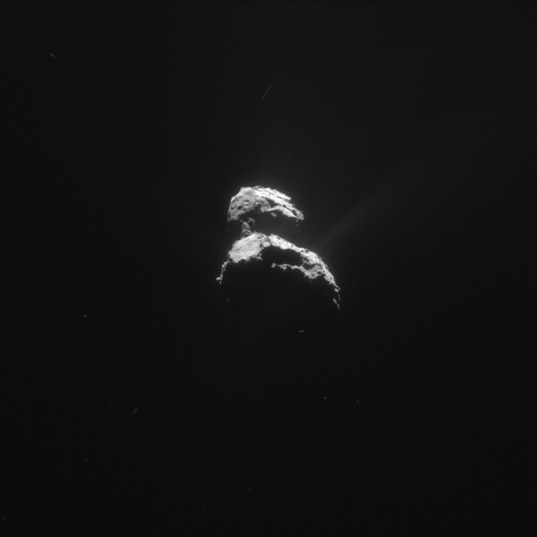 Distant comet between flybys