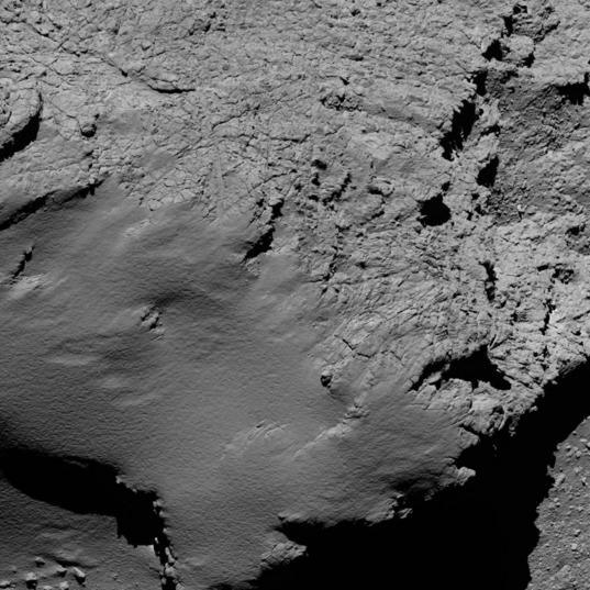 Churyumov-Gerasimenko's two terrains