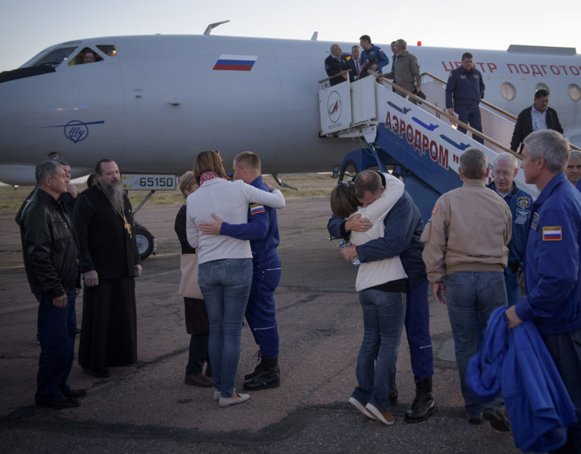 Expedition 57 crew returns to Baikonur