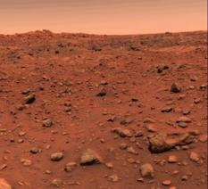 First color image from Viking Lander 1