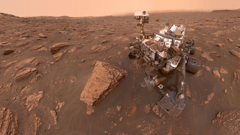 Curiosity's storm selfie