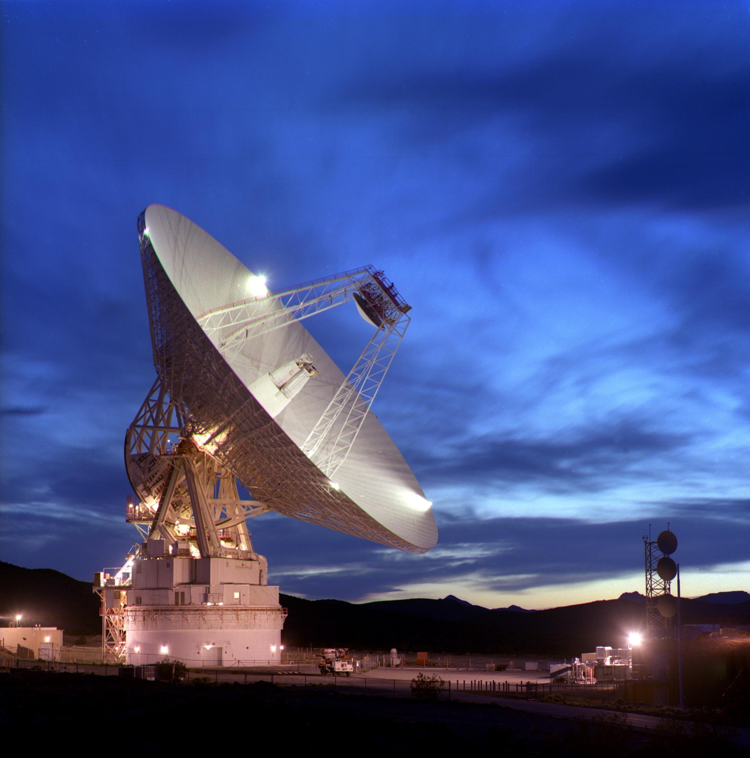 The Mars Exploration Rovers Update: NASA Green-Lights Team