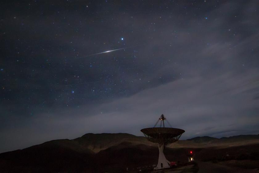 Iridium Flare Under Vega