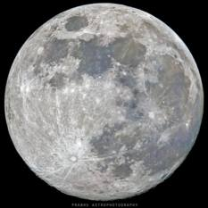 Gibbous Moon of May 2018