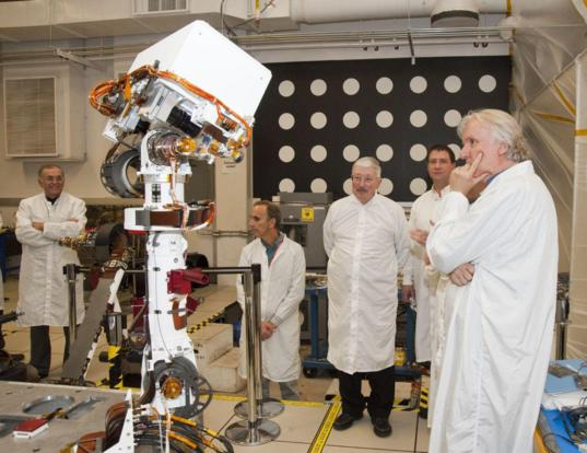 James Cameron checks out Curiosity's camera equipment