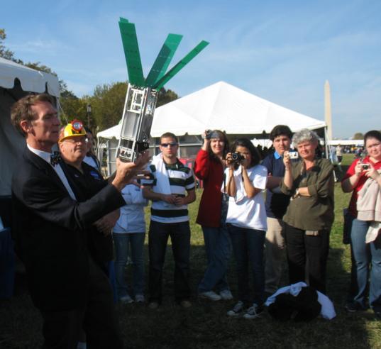 Bill Nye shows how the solar sail deploys