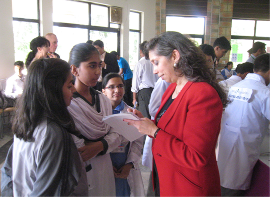 Nagin Cox Signs Autographs at National University of Modern Languages, Islamabad, May 21, 2014