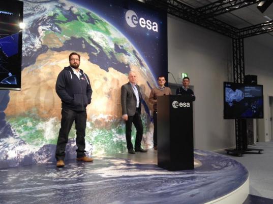 ESA Rosetta and Philae team at European Space Operations Centre, Nov. 10, 2014