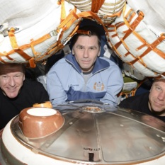 Expedition 47 crew departure shot