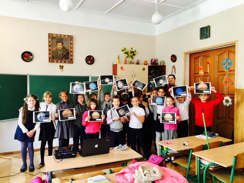 Kids in Ukraine learning about the solar system