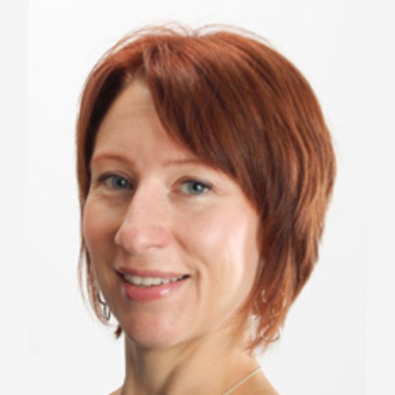 Lori Fenton head shot