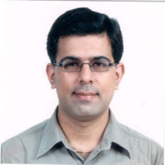 Deepak Dhingra head shot