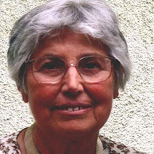 Erzsébet Illés-Almár head shot