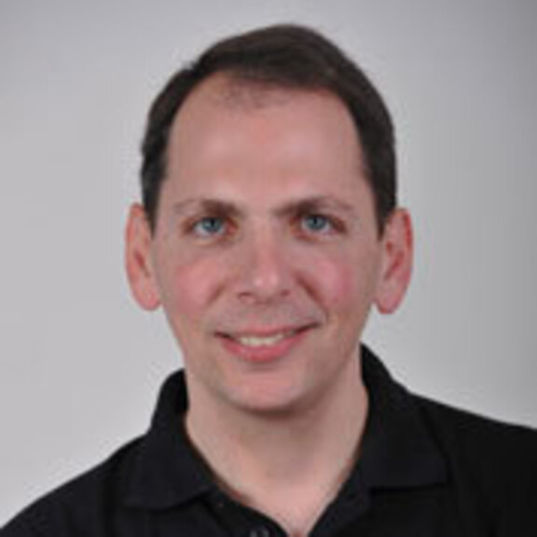 Yoav Landsman head shot