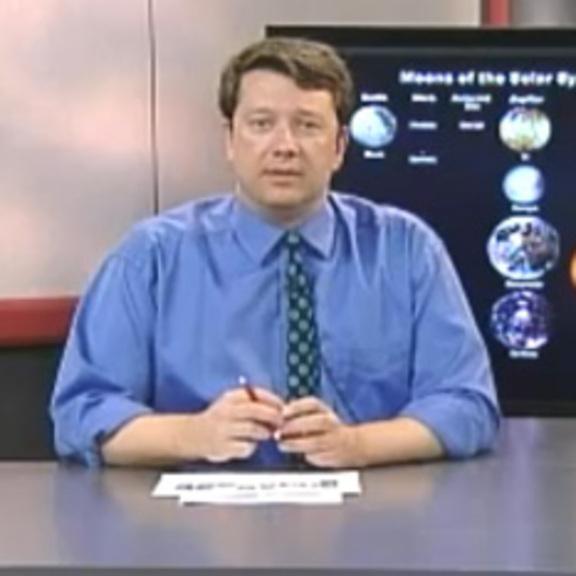 Bruce Betts Teaching Astronomy 101 at CSUDH head shot