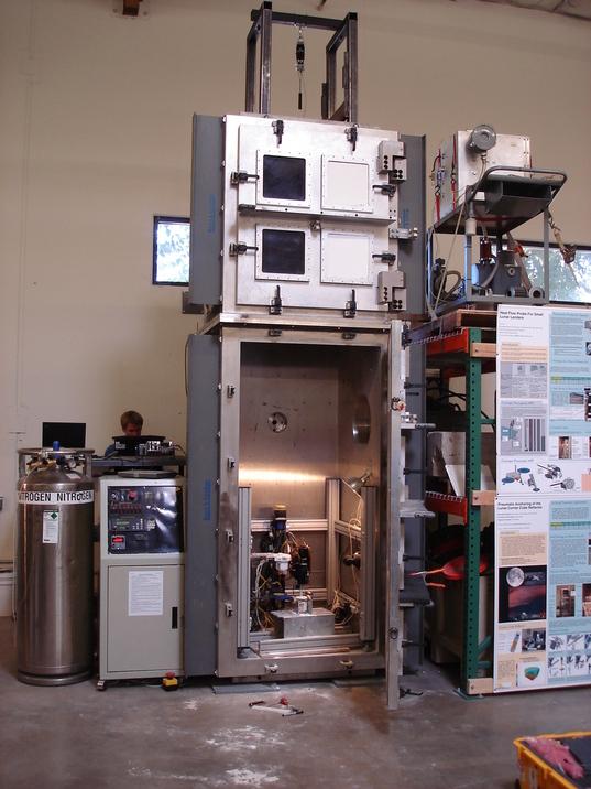 Honeybee Robotics Vacuum Chamber