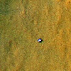 Curiosity with wheel tracks on Mars (sol 27)
