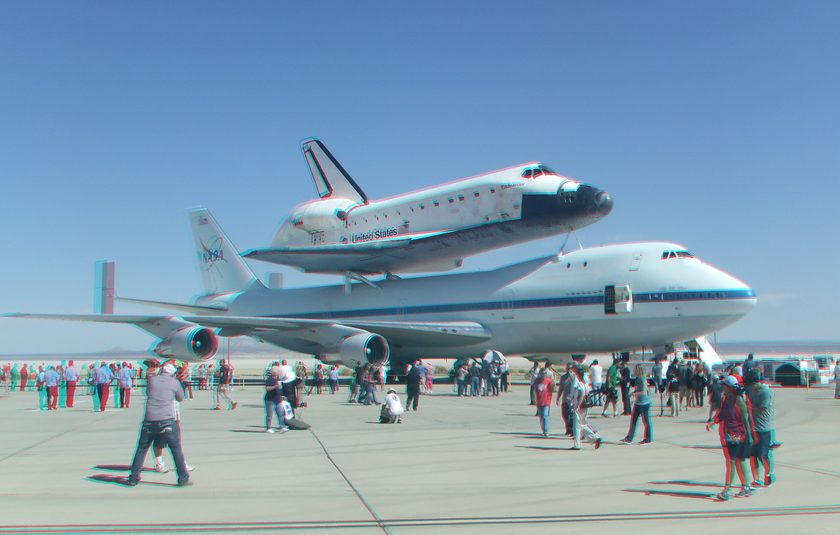 3D Anaglyph Space Shuttle Endeavour at Edwards Air Force Base, September 20, 2012 (#5671)