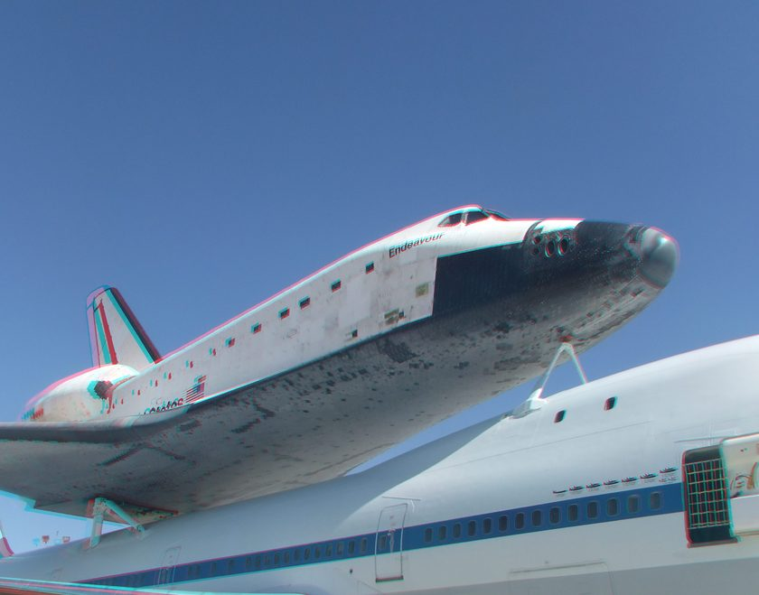 3D Anaglyph of Space Shuttle Endeavour at Edwards Air Force Base, September 20, 2012 (#5696)