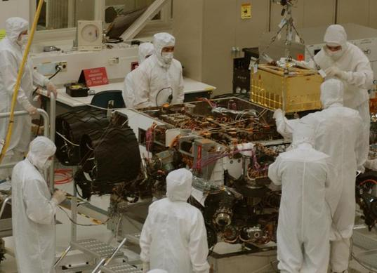 Installation of Curiosity's SAM instrument