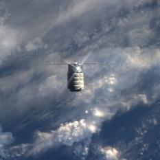 Cygnus approaches