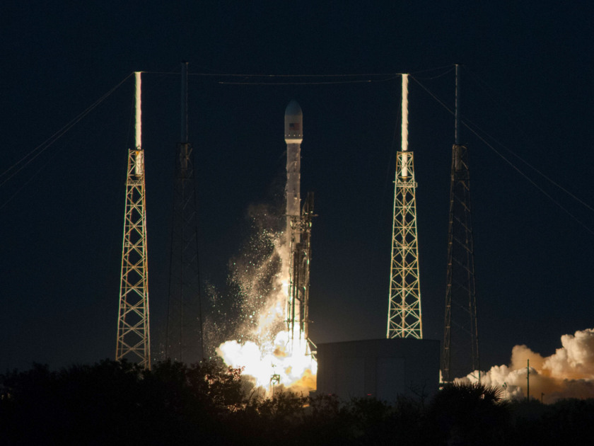 Liftoff of SES-8