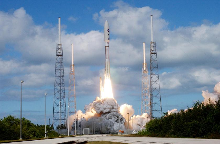 New Horizons launches for Pluto