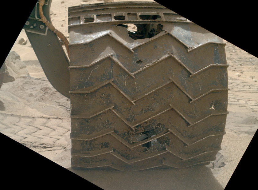 Curiosity's left front wheel, sol 713