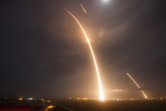 Falcon 9 launch, reentry and landing streaks