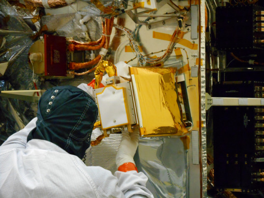 REXIS installation on OSIRIS-REx