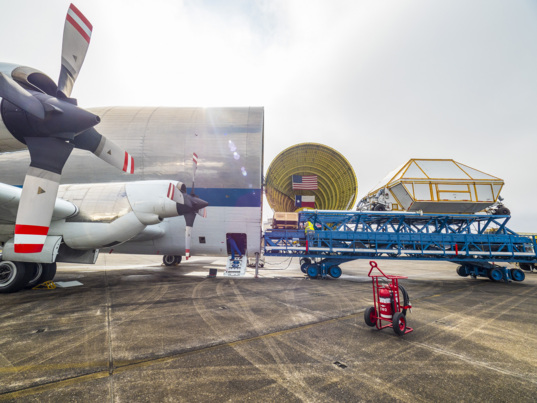Orion EM-1 loaded onto Super Guppy