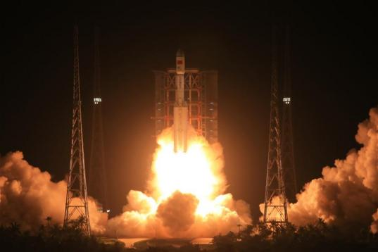 Long March 7 inaugural liftoff