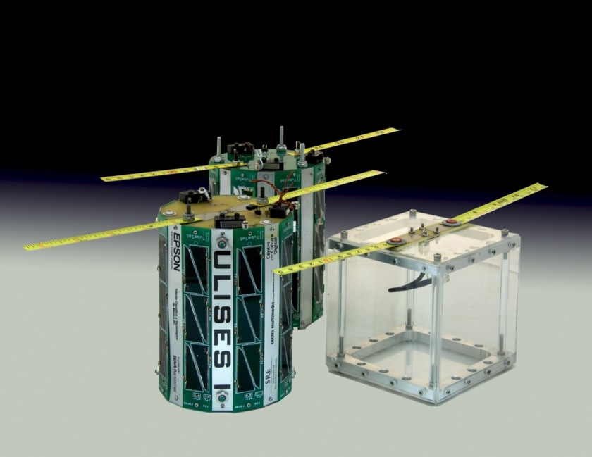 Flight-ready ULISES 1 tubesat with 1-unit cubesat chassis