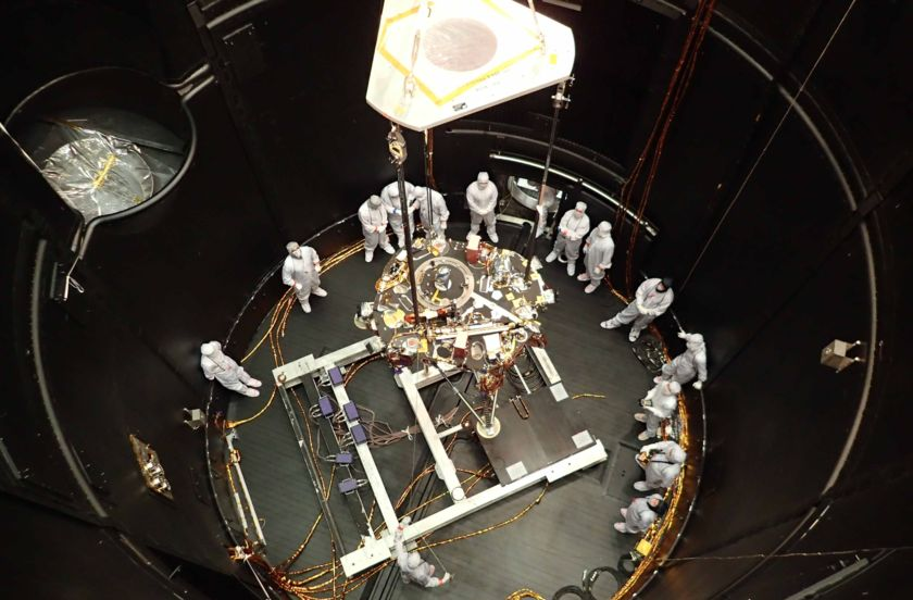 Mars InSight thermal vacuum testing