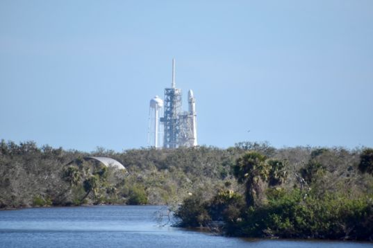 Falcon Heavy before launch