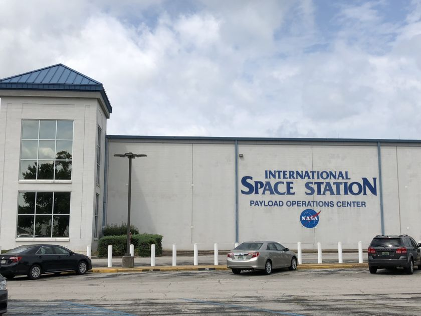 MSFC International Space Station Payload Operations Center