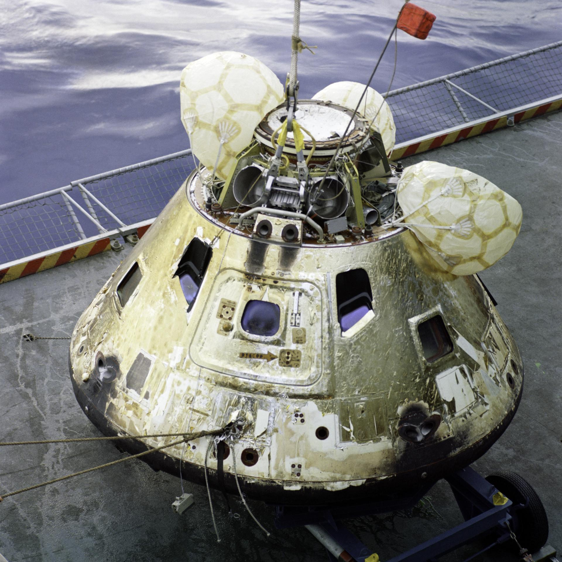 apollo spacecraft command module - photo #13