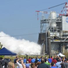RS-25 engine test