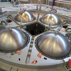 Orion eSTA with propellant tanks