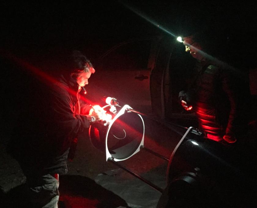 Assembling the telescope on the dress rehearsal night