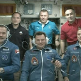 Expedition 34 crew welcome