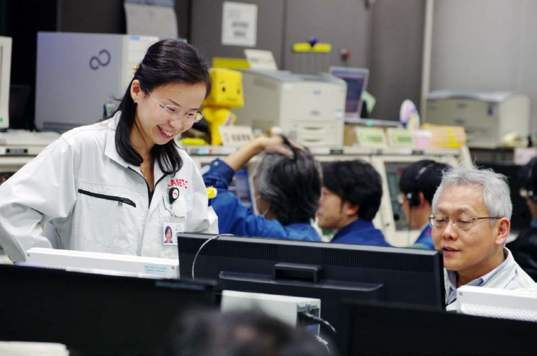 Chikako Hirose (ISAS) who worked on the Akatsuki trajectory, pleased that her work paid off.