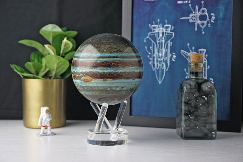 Andrew Pauly: Planetary globes