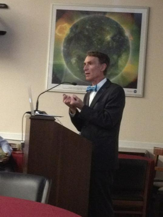 Bill Nye urging Capitol Hill staffers to explore the solar system