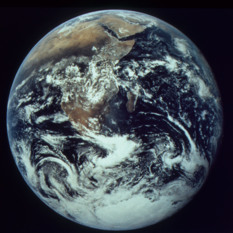 Jack Schmitt's Photograph of the Earth in December 1972