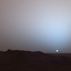 Spirit catches a sunset on Mars